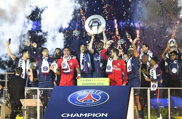 PSG win Ligue 1