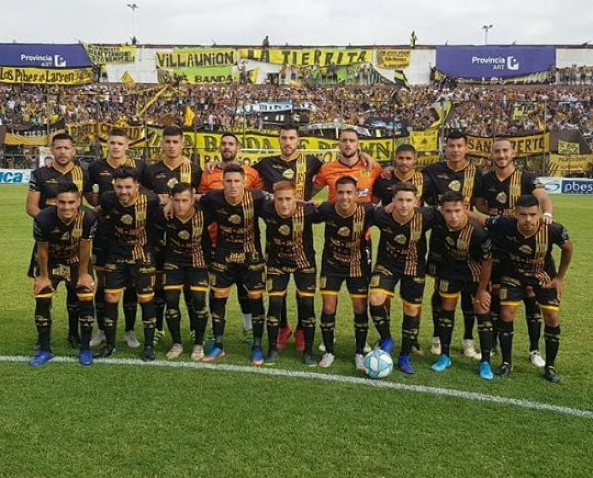 Almirante Brown win the 2020 Primera B Metropolitana