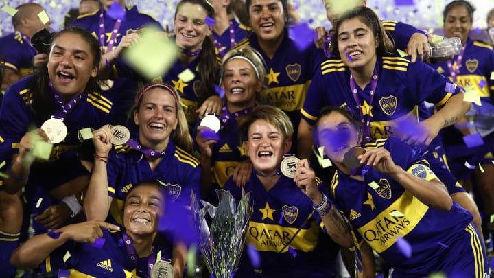 Boca Juniors win Primera A
